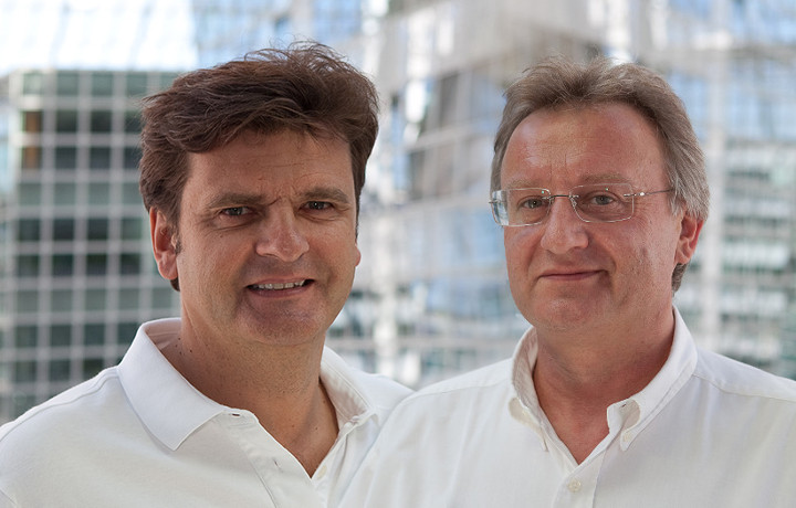 Dr. Klaus Schneider und Thorsten Schlacht, Zahnärzte der Zahnarztpraxis am Flughafen München